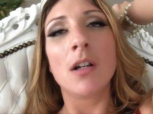 Chantal anaal wijd open geneukt