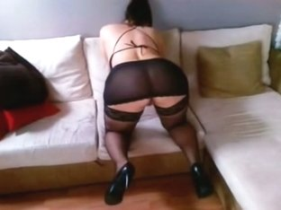 Hot mature I'd like to fuck is in stockings