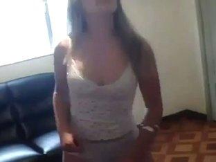 Hawt brazilian beauty hot dancing