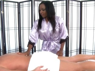 Ebony girl does perfect blowjob in massage porn video