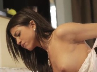 Gorgeous model Veronica Rodriguez and her chief fucking in the hotel