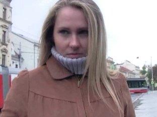 Amateur blonde Eurobabe Zuzana pussy nailed for money