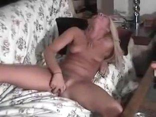 Stunning blonde cums on cam