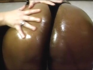 Lovely oily booty and love tunnel