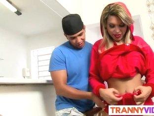 Riding sexy tranny cock