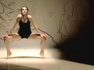 Naked on Stage-122 N16