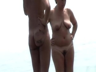 Thin nudist and chubby nudist