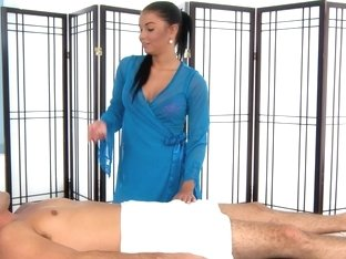 Massage-Parlor: Deep Tissue