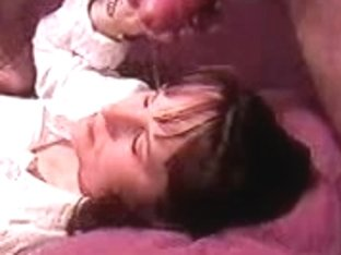 Brunette wife receiving a face full of cum in this amateur video