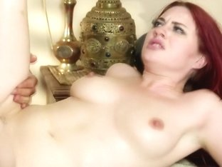 Gullible babe facialized by sneaky masseur