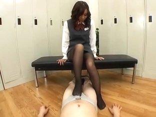 Legs OL Blame To Male Employees