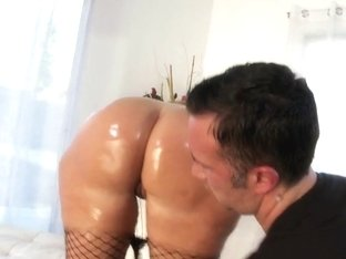 Big Wet Butts: Real Thick and Juicy. Vanessa Blake, Keiran Lee