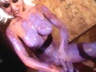 XXXHomeVideo: Body Painted
