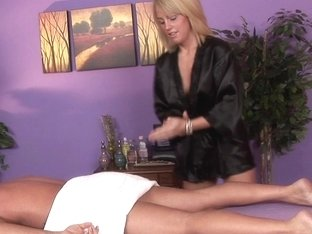 Massage-Parlor: Youth