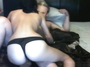 Fat guy wearing a mask gets sucked by his gf on the bed