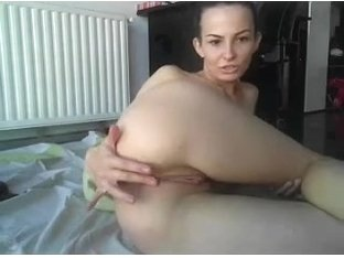 anal play on cam (no audio)