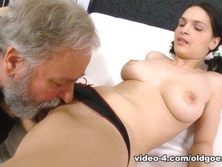 Hottest pornstar in Exotic Brunette, Cunnilingus xxx clip