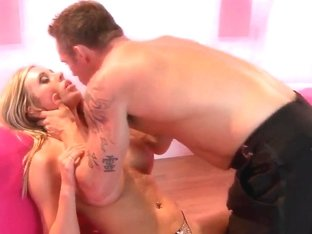 Pretty blonde Samantha Saint seduces handsome stud