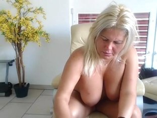 come2mom amateur video 06/25/2015 from chaturbate