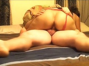 Dilettante gal engulfing penis in front of camera