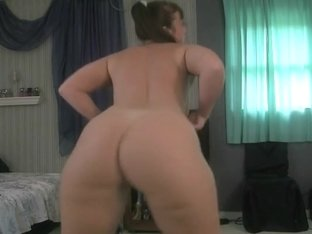 Stripping and shaking my bum