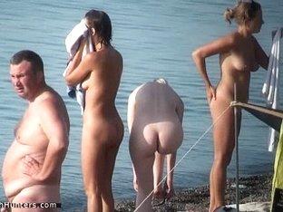 Unaware nudist hotties