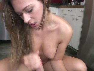 Sexy Amateur Brunette Gives Awesome Handjob