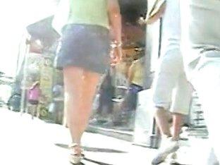 Hidden public camera tape fine upskirt shots for a voyeur