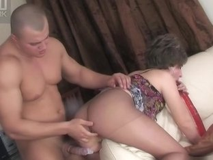 MaturesAndPantyhose Movie: Viola R and Nicholas