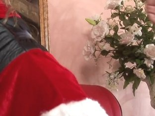 RawVidz Video: Naughty Santa Gets Cunt Nailed