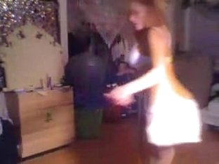 Busty webcam babe dances on a pole