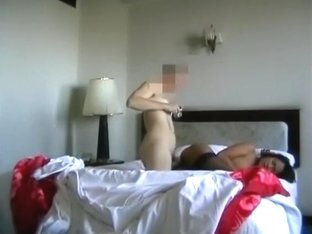 Hot asian pattaya girl has sex with a white customer