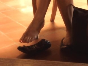Candid Incredibly Sexy Feet Shoeplay Dangling at Library