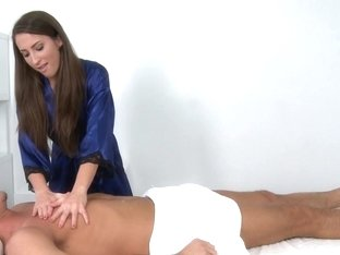 Massage-Parlor: Special Benefits
