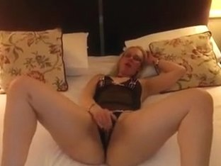 Wench excited wife plays with her snatch and sucks dick
