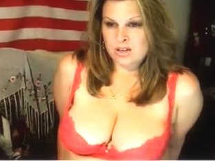Fuckable curvy mother I'd like to fuck poses on webcam in her hawt lingerie