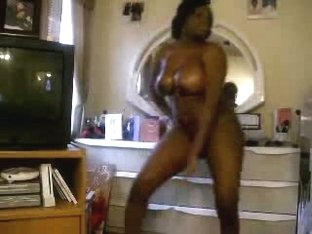 Curvy slut gets naked