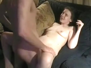 Girlfriend gets a sexy fuck at home