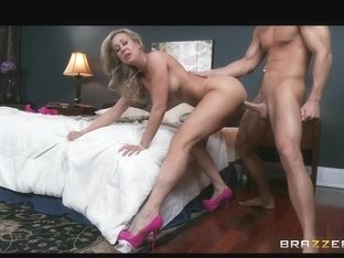 This mother I'd like to fuck loves it large