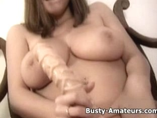 Breasty Sara mastubates her cookie with giant sex toy