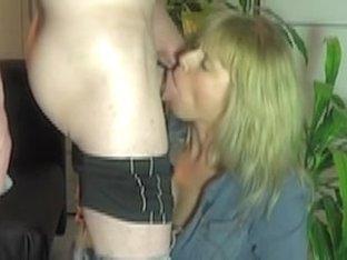 genubvoll , hard, choking , mouth , saliva, Eierweglutschen ejaculation ...