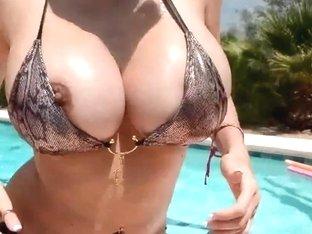 Breasty Boobies Moist in Pool