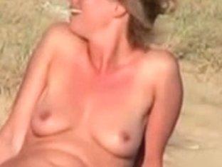 Slut noticed voyeur and showed her slit