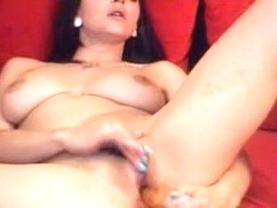 Busty Hawt Chick Masturbating