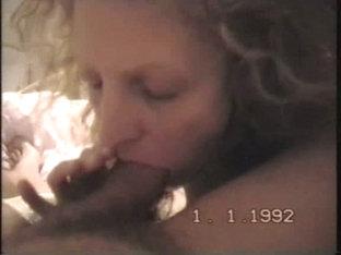Horny Girlfriend Sucks
