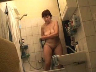 Mature Wife Drying Off on Hidden Cam - Voyeur