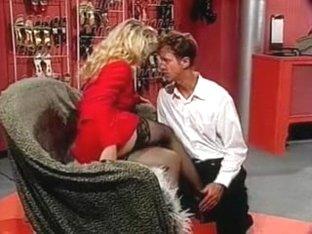CFNM leg worship & mutual masturbation