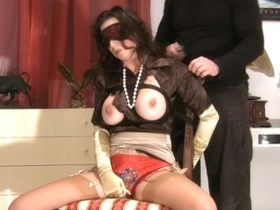 Trinity-Productions: Satin Milf Distress Bj