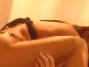 Sexy Arabian Lookalike Babe Copulates A Large Hunk
