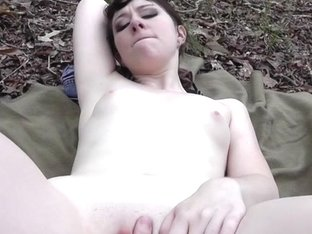 Emo girlfriend screwed in the forest
